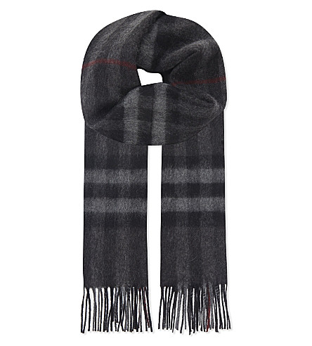 BURBERRY Giant check cashmere scarf (Charcoal