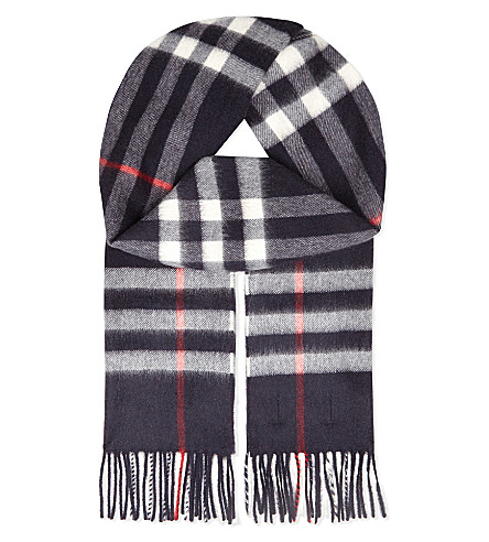 BURBERRY Giant Check cashmere scarf (Navy