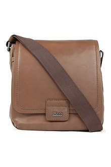 HUGO BOSS Sangal leather messenger bag