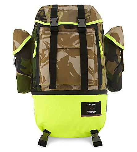 EASTPAK Bust Raeburn Camouflage Backpack in Brown