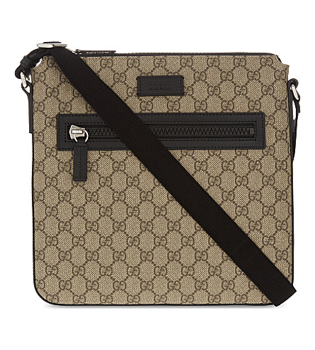 GUCCI GG Supreme flight bag (Tan