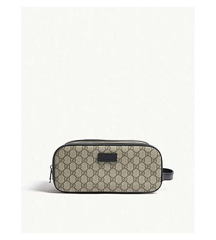 GUCCI Supreme canvas toiletry case (Beige