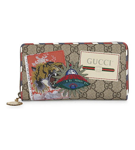 GUCCI Courier Supreme GG wallet (Tan