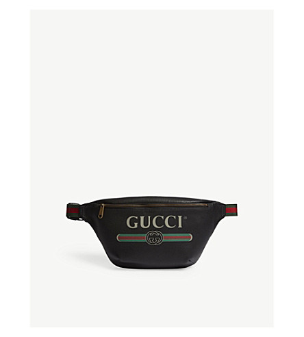 GUCCI Logo grained leather belt bag (Black