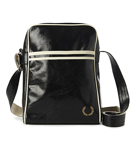 FRED PERRY Laurel logo flight bag (Black