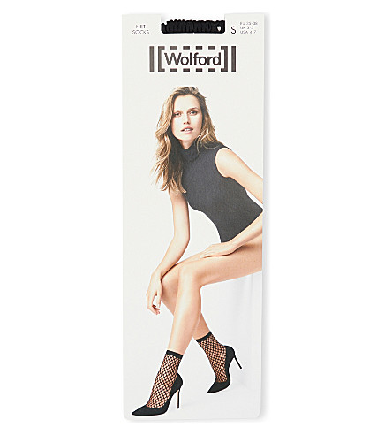 WOLFORD Fishnet ankle socks (Black