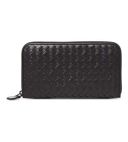 BOTTEGA VENETA Intrecciato leather zip-around wallet (Nero