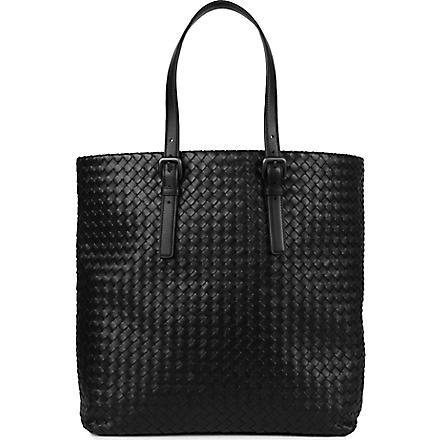 BOTTEGA VENETA Medium intrecciato leather tote (Nero