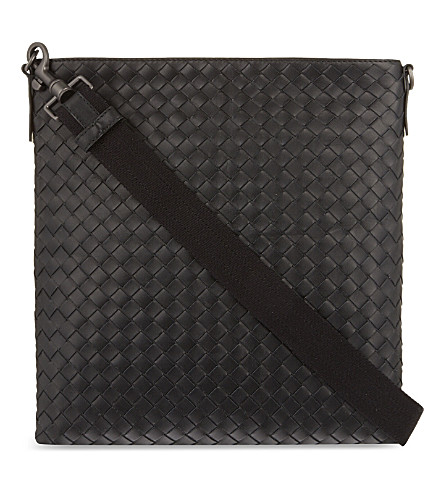 BOTTEGA VENETA Intrecciato leather cross-body bag (Nero