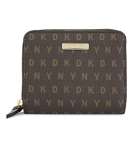 DKNY Bryant carryall purse (Brown+logo