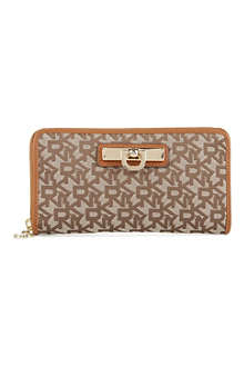 DKNY Town & Country Vintage zip-around wallet