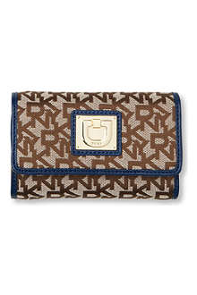 DKNY Town & Country Vintage flap wallet