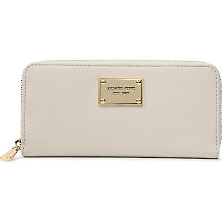 MICHAEL KORS Jet Set textured leather wallet (Vanilla