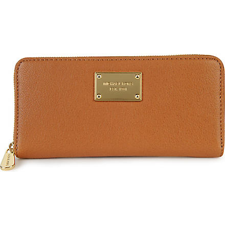 MICHAEL KORS Jet Set pebbled leather wallet (Luggage