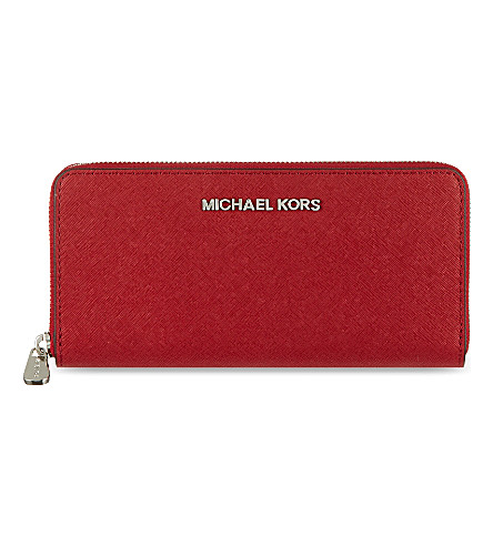 MICHAEL MICHAEL KORS Jet Set zip around continental travel wallet (Scarlet