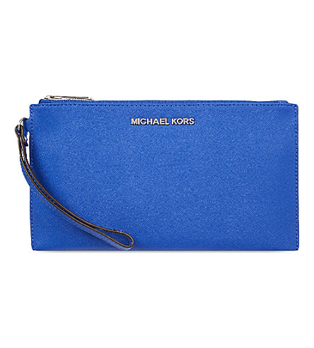 MICHAEL MICHAEL KORS Jet Set Travel saffiano leather clutch (Electric+blue