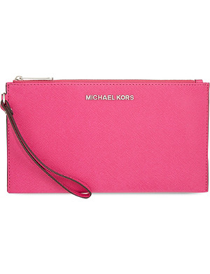 MICHAEL MICHAEL KORS Jet Set Travel large Saffiano leather clutch
