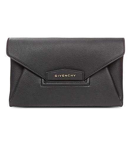GIVENCHY Antigona envelope clutch bag (Black