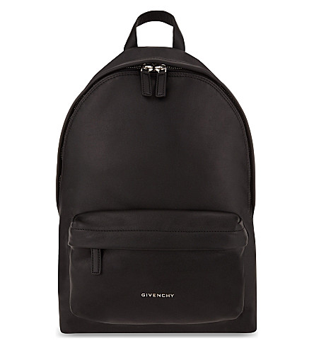 GIVENCHY Classic small leather backpack (Black