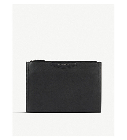 GIVENCHY Antigona medium leather pouch (Black