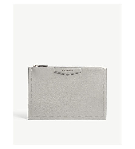 GIVENCHY Antigona grained leather pouch (Pearl+grey