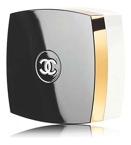 CHANEL <strong>N°5</strong> The Powder 145g
