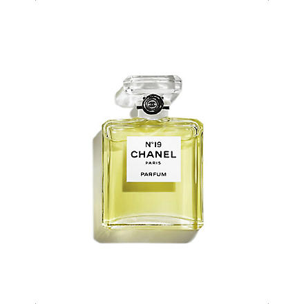 CHANEL Nº19 Parfum Bottle 7.5ml