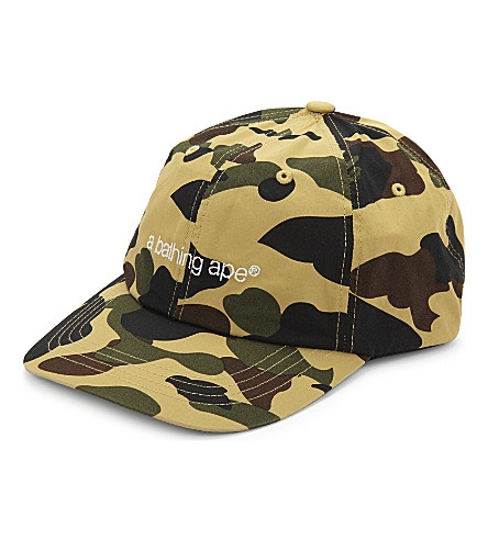 A BATHING APE Camouflage cotton cap (Yellow