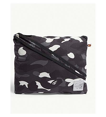 A BATHING APE City camo sacoche bag