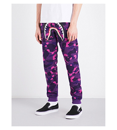 A BATHING APE Camouflage shark-print cotton-jersey jogging bottoms (Purple