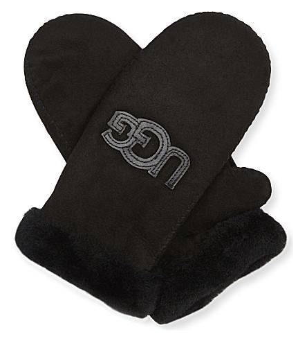UGG Heritage Logo sheepskin mittens (Black