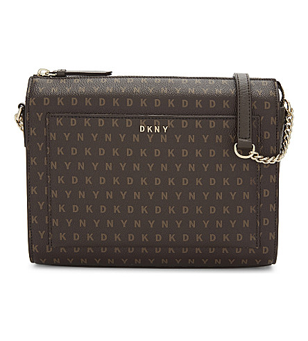 DKNY Dkny logo medium box crossbody (Brown+logo