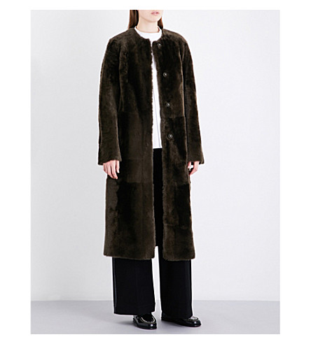 DROME Collarless reversible shearling and suede coat (Foliage