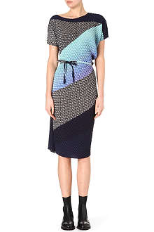 ISSEY MIYAKE Optical-print crepe dress