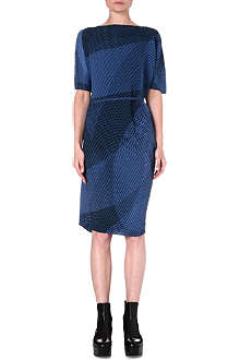 ISSEY MIYAKE Sleeveless pleated geometric dress