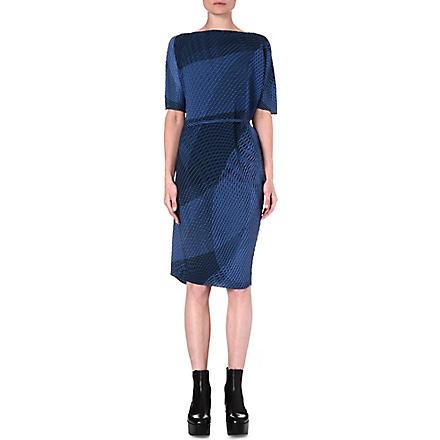 ISSEY MIYAKE Sleeveless pleated geometric dress (Blue-hued