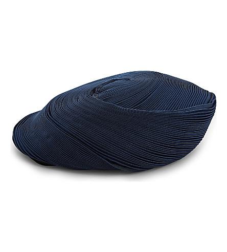 ISSEY MIYAKE Orbit pleated hat (Blue x black