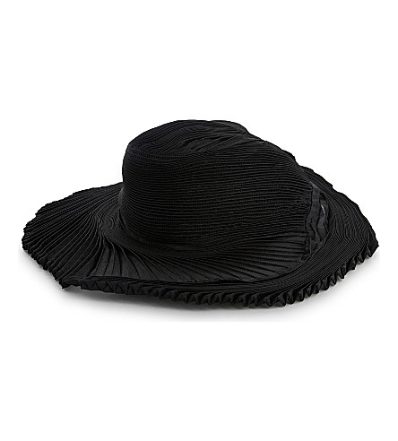 ISSEY MIYAKE Orbit pleated hat (Black