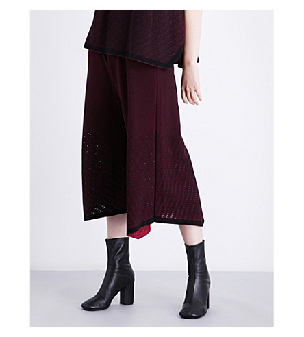ISSEY MIYAKE High-waisted pointelle-knit culottes (Dark+red