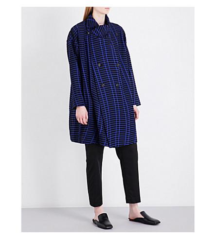 ISSEY MIYAKE Skew double-breasted devoré coat (Navy+black