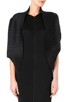 PLEATS PLEASE ISSEY MIYAKE Pleated shrug
