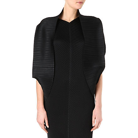 PLEATS PLEASE ISSEY MIYAKE Pleated shrug (Black
