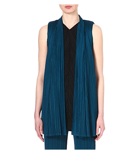 PLEATS PLEASE ISSEY MIYAKE Sleeveless pleated jacket (Marine
