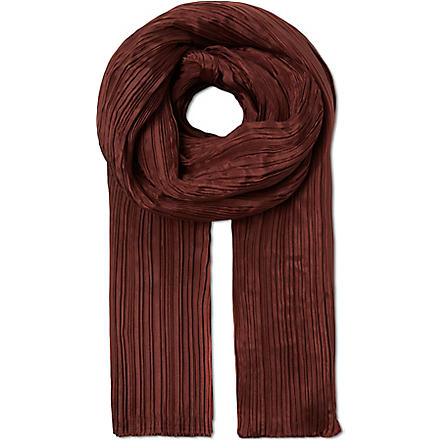 PLEATS PLEASE ISSEY MIYAKE Madame pleated scarf (Brown