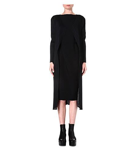 PLEATS PLEASE ISSEY MIYAKE Pleated coat (Black