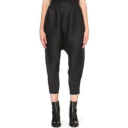 PLEATS PLEASE ISSEY MIYAKE Pleated long harem trousers (Black