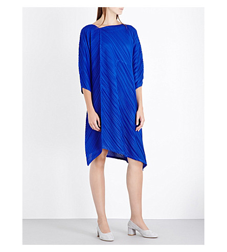 PLEATS PLEASE ISSEY MIYAKE Triangle cut pleated dress (Blue
