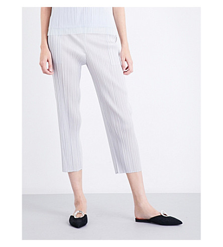 PLEATS PLEASE ISSEY MIYAKE Cropped slim pleated trousers (Light gray