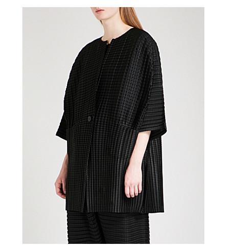 PLEATS PLEASE ISSEY MIYAKE Arare pleated jacket (Black