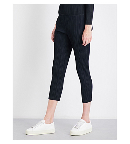 PLEATS PLEASE ISSEY MIYAKE Thick slim high-rise pleated trousers (Black
